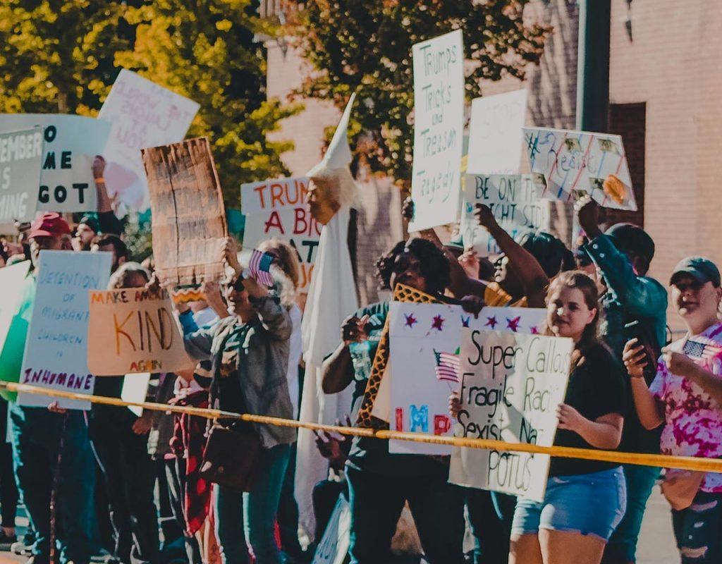 politics2-news-pic8-1-1024x800.jpg